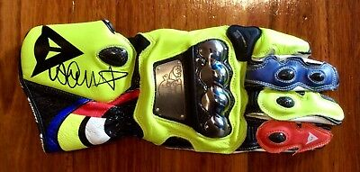 VALENTINO ROSSI Signed MOTOGP RACING GLOVE *** COA PROVIDED ***