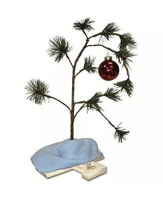 Charlie Brown Christmas Tree, Musical with Linus blanket & Ornament