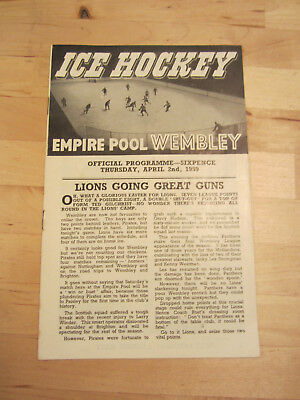 Wembley Lions v  Paisley Pirates Ice Hockey Programme Signed Gerry Moore