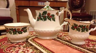 Queen's Fine Bone China Christmas Teapot Creamer Sugar Yuletide England Queens