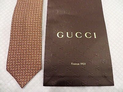 NEW  ,TAG 100% Authentic GUCCI Silk Men's  Tie / With Gucci Gift bag . $200