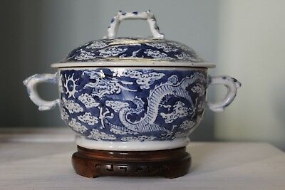 Lovely Antique Chinese Blue & White Dragon Bowl