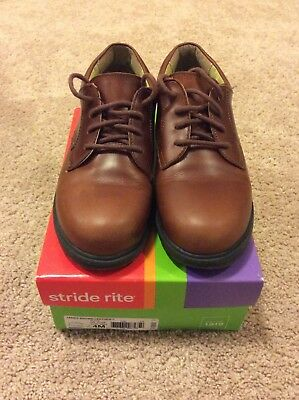 Stride Rite James Brown Leather boys shoes Size 4M