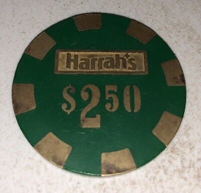 Harrahs $2.50 Casino Chip Las Vegas Nevada 2.99 Shipping