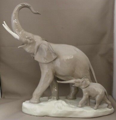 "Lladro Animal Figure - ""Elephant and Calf"" - ****Trunk in Salute - 30cm tall****"