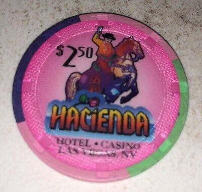 Hacienda $2.50 Casino Chip Las Vegas Nevada 2.99 Shipping