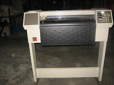 """PRINTER HP 7580B is a 24"""" D-size plotter with HPIB/IEEE-488/GPIB"""