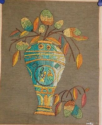 Korean Original Embroidery painting- by handmade(pottery)