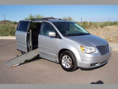 2008 Chrysler Town & Country Touring Wheelchair Handicap Mobility Van 2008 Chrysler Town & Country Touring Wheelchair Handicap Mobility Van Low Miles