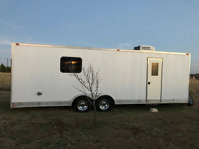 Living Quarters Trailer by Vintage RVT 8.5' x 24' 2003 - Camper with new tires
