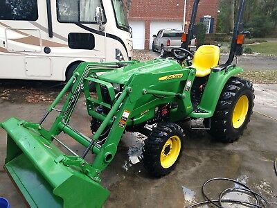 2015 John Deere 3038E Tractor 4x4 Hydro Hydrostatic Drive with loader
