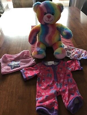 Build A Bear - Rainbow Bear + Outfits