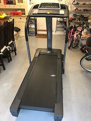 NordicTrack T18.0 Folding Treadmill - Excellent condition