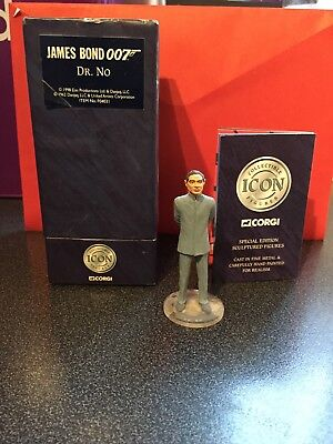 Corgi Icon figure F04031 James Bond 007 - Dr. No - Joseph Wiseman