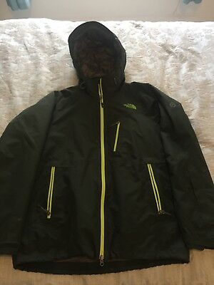 North Face Summit Series Size L Ski Snowboarding Jacket Recco