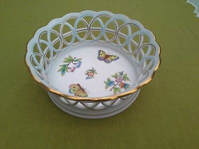 HEREND Porcelain Queen Victoria VBO pattern fancy deep ring sided bowl Beautiful