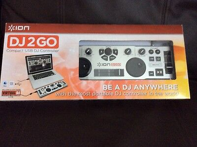 Numark DJ2Go DJ Controller with Virtual DJ Lite