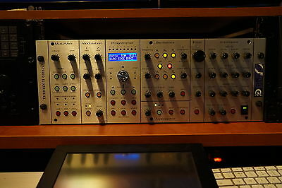 Studio electronics omega 8 1 voice  sehr guter Zustand
