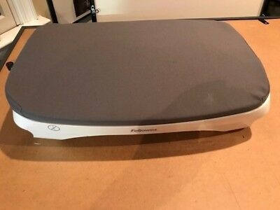 Fellowes Footrest- Model 870385-grey-excellent condition!