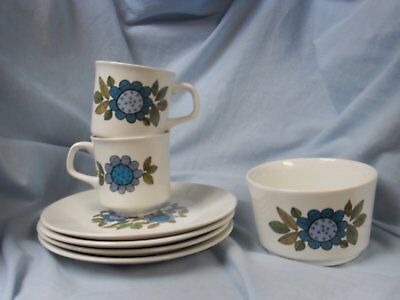 "J and G Meakin ""Topic"" items 4 plates 2 cups and sugar bowl"