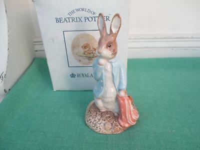 Royal Albert Beatrix Potter Figure PETER & THE RED POCKET HANDKERCHIEF Boxed