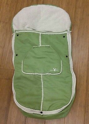 Wallaboo footmuff in green, really cosy, suitable for boy or girl, age 1-3