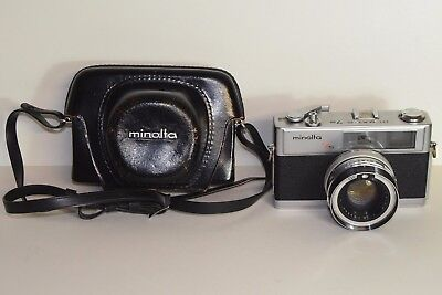 Minolta Hi-matic 7s 35mm rangefinder camera & case