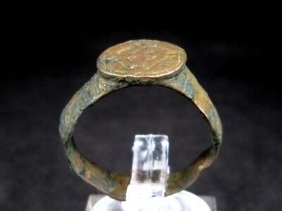 NICE MEDIEVAL CRUSADER BRONZE RING with CROSS ON THE TOP+++