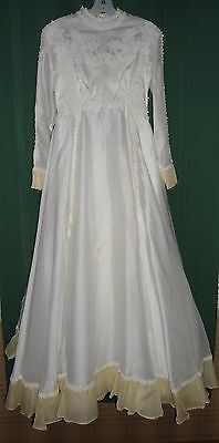 ALFRED ANGELO 1960s-70s Wedding Gown by Edythe Vincent, Small - Ivory w/ Yellow