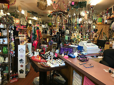 antique store Gold Beach,Oregon over 30,000 items $250K+ inventory for only $45K