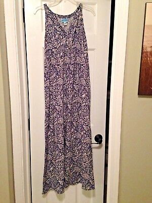 Old Navy Maternity full-length dress Navy and White