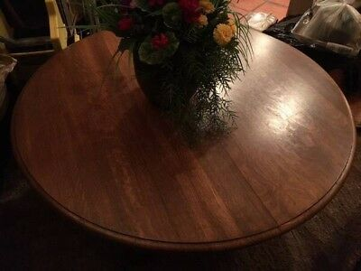 (EC) ANTIQUE ROUND OAK COFFEE TABLE (Late 1800's)