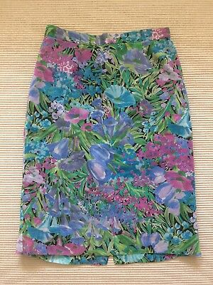 Vintage Skirt Floral Pencil Style Fully Lined Size XS
