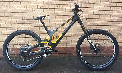 6e8f7901480 Specialized S-Works Demo 8 Downhill Mountain Bike (RockShox, Ohlins, Hope  Etc
