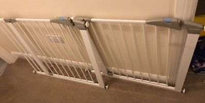 2 Lindam stair gates With 14cm extensions