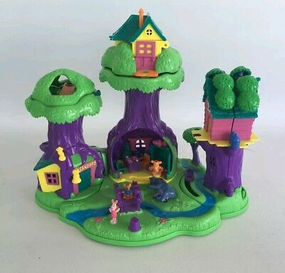 Vinttage Polly Pocket Winnie The Pooh 100 Acre Wood 1998.