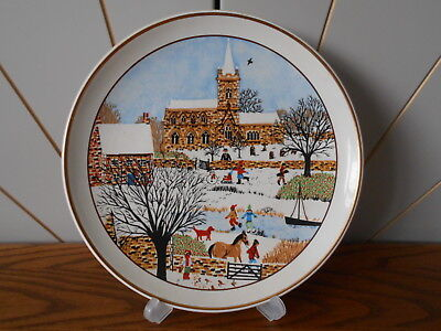 WINTER SNOWY CHURCHYARD decorative plate PRINKNASH POTTERY Seasonal/Christmas