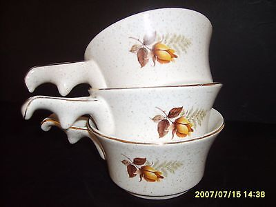kerwenek pottery , Cornwall .3x soup/ dessert dishes ,with single lugg ,