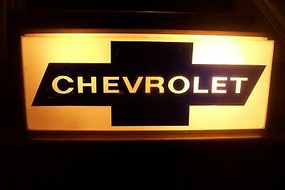 'CHEVROLET' Lighted Sign
