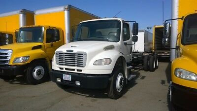 Freightliner Truck for 24ft box stakebed flatbed ford international peterbilt kw