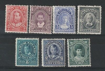 Canada New Foundland 1911 selection between # 118 // 125 vf MINT