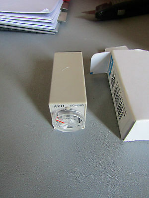 Omron ON Delay Single Time Delay Relay 4 Contacts 4PDT H3Y-4, 0.5 - 10min 340588