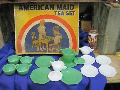 Akro Agate The Little American Maid Tea Set 17 Pc Original Box Jade Green White