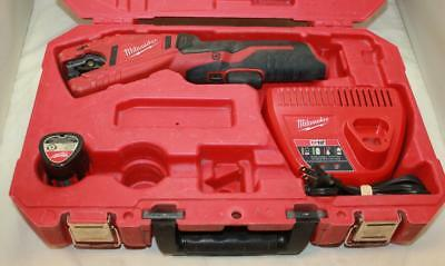 Milwaukee 2471-20 12-Volt Pipe Cutter With Battery and Charger Used