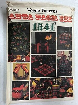 Vogue Patterns Santa Pack III #1541 - Christmas Accessories