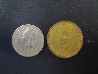 Lot of 2 Dominican Republic Coins 1963 5 Cents & 1992 1 Peso