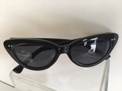 TRUE VINTAGE 1960s MID CENTURY CAT EYE SUNGLASSES BY CHEVRONE HAND FINISHED