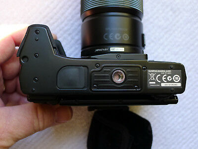 OLYMPUS HLD-6G Grip only for OM-D E-M5 First Version Plus Flash Price Reduced!!