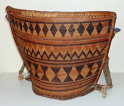 VINTAGE hand WOVEN SE ASIAN Indonesia DAYAK BORNEO baby CARRIER basket rattan