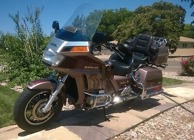 1986 Honda Gold Wing  1986 Honda Goldwing Aspencade